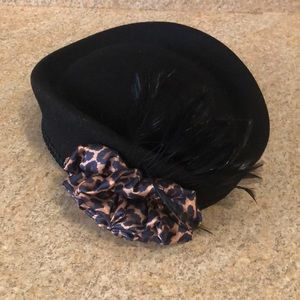 Black social hat